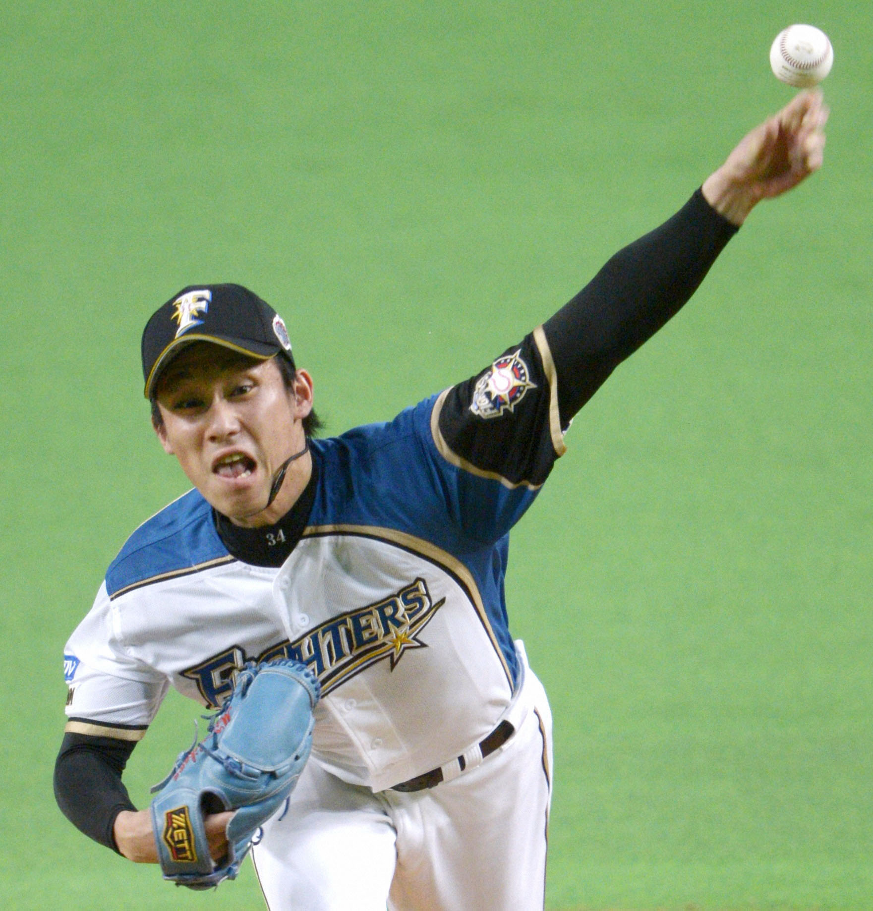 Best of the best: Mitsuo Yoshikawa won 14 games to help lead the Fighters to an appearance in the Japan Series. | KYODO