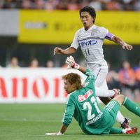 Slow and steady rise gives Sanfrecce upper hand in title race