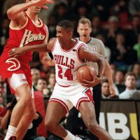 Strong credentials: New Osaka Evessa coach Bill Cartwright, who was an NBA player for 17 years, owns five championship rings from his days with the Chicago Bulls. | AP