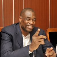 Mutombo using stature to make a difference in world