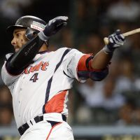 Balentien at ease as race for CL home run crown heats up
