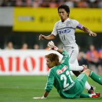 Killer instinct: Sanfrecce Hiroshima striker Hisato Sato has scored 22 goals so far this season, helping his club clinch its first-ever J. League title last weekend. | KYODO