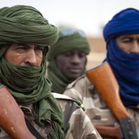 Timbuktu gives French-led force hero's welcome