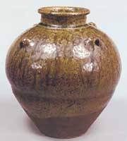 'Hashidate' pottery jar (13th-14th centuries; property of Fushinan, Kyoto) | PHOTOS COURTESY OF TOKYO NATIONAL MUSEUM
