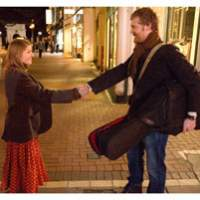 Glen Hansard and Marketa Irglova in 'Once'