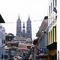 La Basilica, atop a hill in Calle Venezuela, marks the northern boundary of Quito's Old Town.