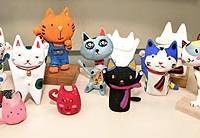Some of Makoto Kakeda's students' manekineko creations