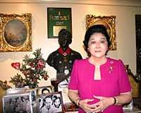 'Poor' Imelda Marcos during her interview at home
