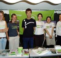 Akiko Mera (farthest right) and other Oxfam volunteers attend a fundraising event called Tokyo Artist Showcase in Tokyo's Iidabashi in September 2006. | OXFAM PHOTO