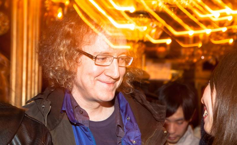 My Bloody Valentine guitarist/vocalist Kevin Shields comes out to support bassist Debbie Googe for the Tokyo Indie event at Trump Room in Shibuya, Tokyo, on Friday. Shields spent a lot of the night walking around the club talking to and taking pictures with fans.