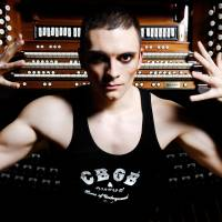 'Grotesque' organist hits town