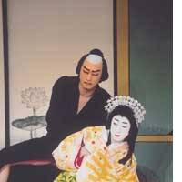 Ichikawa Danjiro (left) and Bando Tamasaburo as Sakurahime and Gonsuke in Super Kabuki production of 'Sakurahime Azuma Bunsho,' currently at the Kabukiza Theater this month.
