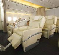 Large reclining seats like these are available on the Japan Airlines route connecting Tokyo and Osaka. PHOTO COURTESY OF JAL/KYODO