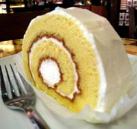 On a roll: Swiss rolls made from rice flour, like this one at a Starbucks outlet in the Uchisaiwaicho business district in Tokyo, are a big hit. | HIROKO NAKATA PHOTOS