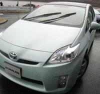 Test-drive: A new Toyota Motor Corp. Prius is taken for a spin at Fuji Speedway in Shizuoka Prefecture this month. | HIROKO NAKATA