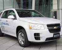 Roadblock: The Chevrolet Equinox, a fuel-cell vehicle made by General Motors, is shown off in Tokyo in this Nov. 10, 2008, photo. | KYODO PHOTO