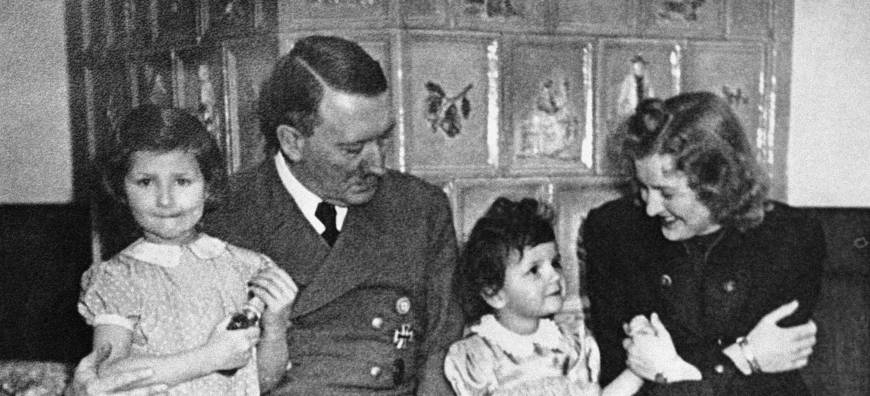 the early life and family of german dictator adolf hitler Early years dictator adolf hitler was born in branau am inn, austria, on april 20, 1889, and was the fourth of six children born to alois hitler and klara polzl when hitler was 3 years old.