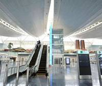 Looking good: The departure lobby in the new international terminal at Tokyo's Haneda airport is shown to the media Monday. | YOSHIAKI MIURA PHOTO