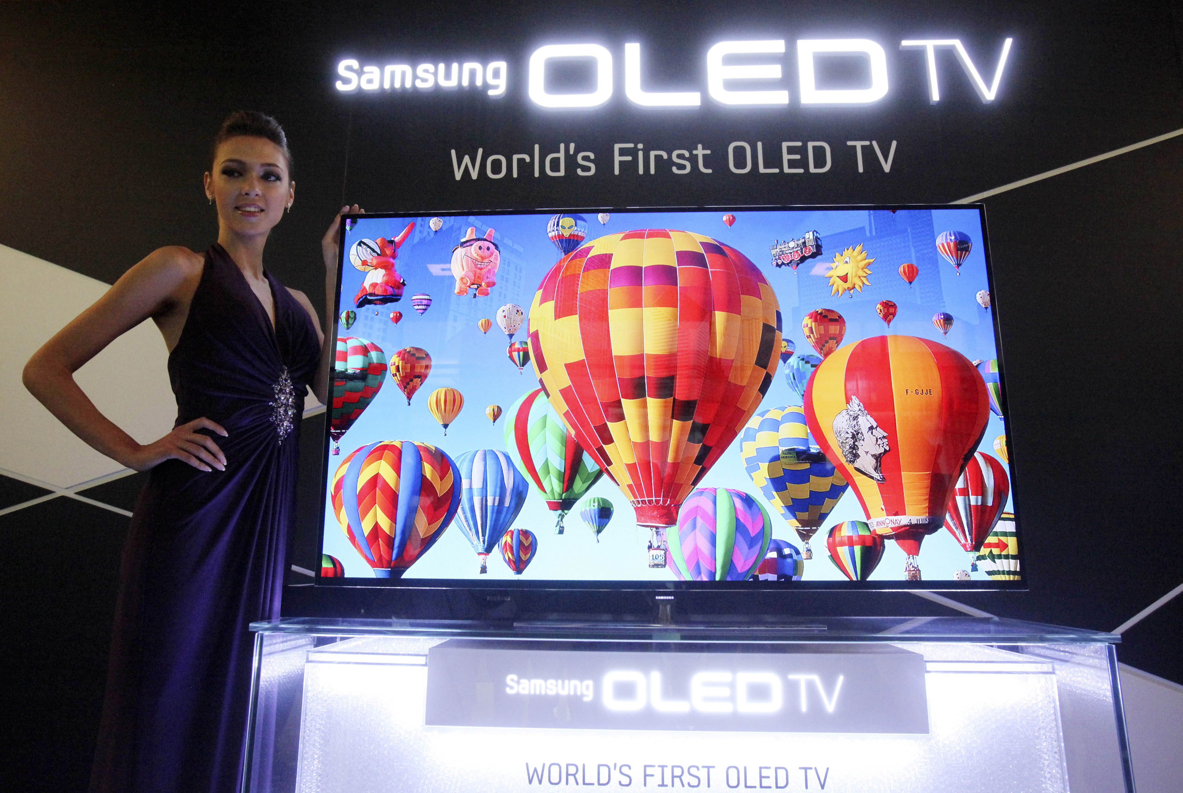 sony panasonic to collaborate on oled tvs the japan times. Black Bedroom Furniture Sets. Home Design Ideas