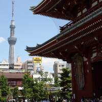 Tourist distractions: Tokyo Skytree is seen from Sensoji Temple in the Asakusa district last May. The ongoing Senkaku dispute is casting a shadow over the tourism industry's rebound from the March 11, 2011, natural and nuclear disasters. | BLOOMBERG