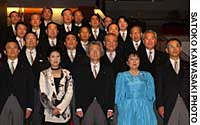 Prime minister Junichiro Koizumi and his new Cabinet get together Monday night for the traditional photo session at the Prime Minister's Official Residence.