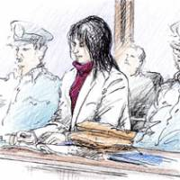 A sketch shows Yasuyoshi Ishijima, who was convicted of confining and injuring four females, as he appeared Friday before Tokyo District Court for sentencing. | KYODO PHOTO