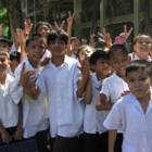 Helping Filipino schoolchildren