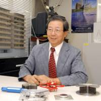 Nagahide Kani, executive director of the Japan Society of Seismic Isolation, speaks at his office in Tokyo's Shibuya Ward in June. | YOSHIAKI MIURA PHOTO
