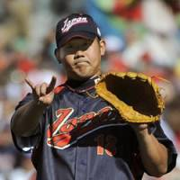 Masterful Matsuzaka keeps Cubans under his spell