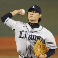 Durable: Seibu's Hideaki Wakui is enjoying a fine season for the Lions and merits consideration for the Sawamura Award. | KYODO PHOTO