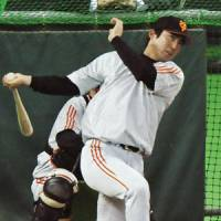 Steady performer: Giants slugger Michihiro Ogasawra will try to lead his team to a Japan Series title after it finished runnerup to the Saitama Seibu Lions in Japan's 2008 Fall Classic. | KYODO PHOTO