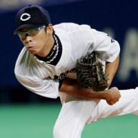 Unlikely hero: Dragons pitcher Daisuke Yamai has helped the club remain in the hunt for the Central League title while Kazuki Yoshimi battles an injury. | KYODO PHOTO