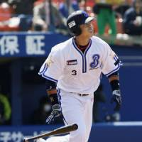 New attitude: Terrmel Sledge wants to help the BayStars avoid a repeat of last season's 95-loss debacle. | KYODO