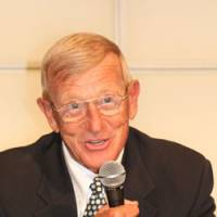 Back in action: Veteran coach Lou Holtz will return to the sideline on July 25 to coach the Fighting Irish Legends against the Japan national team in the 2009 Notre Dame Japan Bowl. | KAZ NAGATSUKA PHOTO