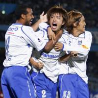 Gamba making late surge to join championship race