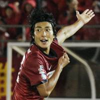 Hopeful: Kashima Antlers striker Yuzo Tashiro, who has scored six goals in the last eight games, is hoping his side can climb up to at least third place in the remaining months of the J.League season. | KYODO