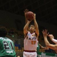 Uncertain times: Sendai 89ers guard Hikaru Kusaka (17) and the rest of the bj-league's players are waiting to find out when they'll resume playing games. The league's upcoming schedule and immediate future are major question marks after Friday's 9.0-magnitude earthquake in Sendai. | KAZ NAGATSUKA