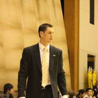 Room for improvement: Under first-year coach Matt Garrison, the Niigata Albirex BB?are 21-17 and sit in fourth place in the Eastern Conference standings. | HIROKO IWASA