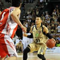 Highly questionable: Narito Namizato's move to the Golden Kings has raised a few eyebrows. | YOSHIAKI MIURA