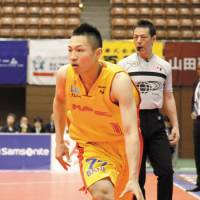 Making an impact: Guard Kenichi Takahashi, seen here playing for the Sendai 89ers last season, has been a bright spot for the unbeaten Iwate Big Bulls this season. | DOMINIKA FITZGERALD
