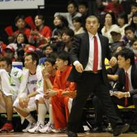Important milestone: Coach Dai Oketani guides the Iwate Big Bulls to a 79-77 home win over the defending champion Ryukyu Golden Kings, his former team, on Saturday night. The Big Bulls are a second-year franchise; the Golden Kings have been the league's standard of excellence since 2008, the first of Oketani's four seasons at the helm. | IWATE BIG BULLS/BJ-LEAGUE