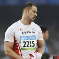 Murofushi falls short in hammer defense