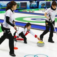 Japan curlers tied for fourth place
