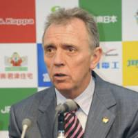 New boss: JEF United Chiba's Alex Miller speaks during a news conference on Saturday at Fukuda Denshi Arena in Chiba, where he was introduced as the team's new manager. | KYODO PHOTO