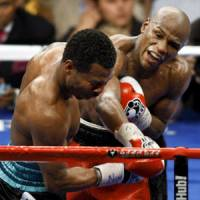 Mayweather plays coy about Pacquiao fight