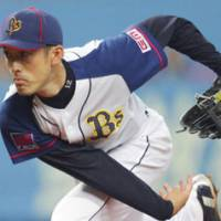 New attitude: Buffaloes pitcher Hiroshi Kisanuki is proving he still has something left in the tank for Orix this season. | KYODO PHOTO