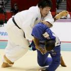 Kamikawa, Sugimoto give Japan record haul