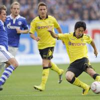 Man of the moment: Shinji Kagawa's performance in Borussia Dortmund's 3-1 win over Schalke on Sunday has brought him Europe-wide recognition. | KYODO PHOTO