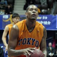 Promising future: Tokyo Apache forward-center Jeremy Tyler, a 19-year-old averaging 9.4 points per game, is considered a potential selection in the 2011 NBA Draft. | YOSHIAKI MIURA PHOTOS