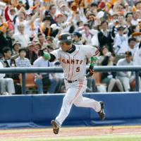 Staring down history: Yomiuri Giants star Alex Ramirez looks likely to join teammate Michihiro Ogasawara in Japan's 2,000-hit club, providing as he stays healthy. | KYODO PHOTO